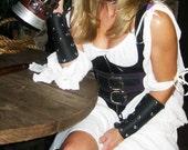 Leather Bracers / Vambrac...
