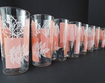 Set of 8 Mid Century Pink and White Leaf Glasses, Tall Tumblers, Retro Drinking Glasses, Leaf Design