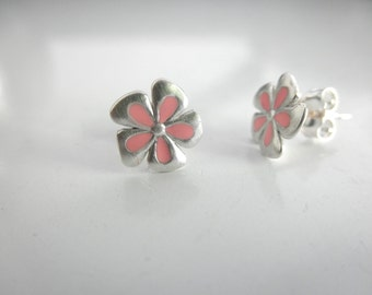 Enamel flower stud earrings - sterling silver flower studs - enamel flower stud - resin flower post earrings - stud earrings -