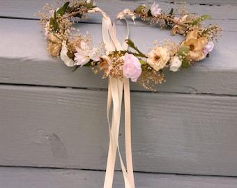 Flower Crown Champagne pink Blush Destination Wedding Bridal headpiece rose quartz dried hair wreath Accessories babys breath halo