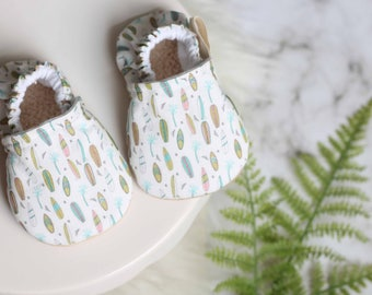 Surboard Print Baby Shoe, Surfing Baby Shoes, Baby Shoes, Surf Baby Shoes, Surfing, Surfboard baby Shoes, Baby Boy Shoes, Baby Girl Shoes