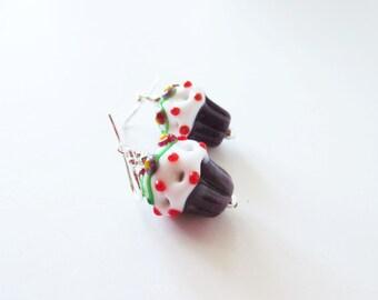 Lampwork earrings. Lampwork cupcakes. Cupcake earrings. Dessert earrings. Dessert jewelry. Purple earrings. Cupcake jewelry. Mauve earrings.