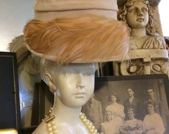 Vintage 50s BEige Brown Velvet  Feathers Fall Mid Century Ladies Elegant Statement Bucket  Hat