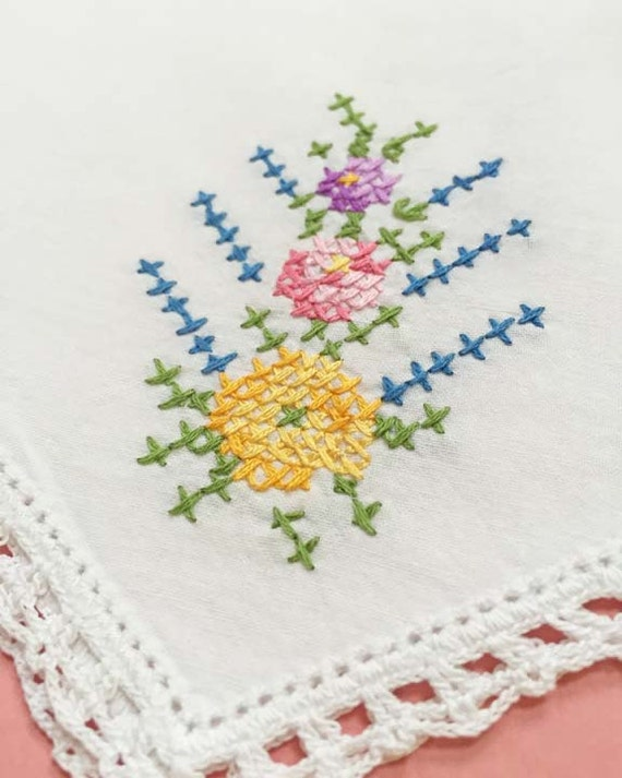Vintage Cross Stitch Pillow Cover with Floral Motif