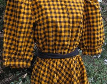 size 11 Yellow PIONEER 80s dress, GRUNGE lumberjack dress, black and golden mustard yellow American Checkered Dress New Wave Era dress 1980s