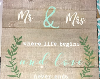 White washed Mr & Mrs sign