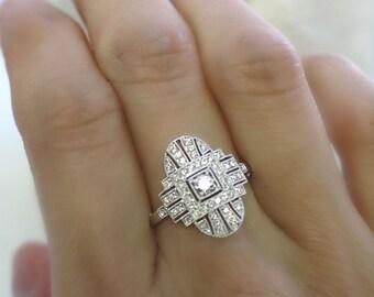 18K solid gold diamond center ornate art deco ring