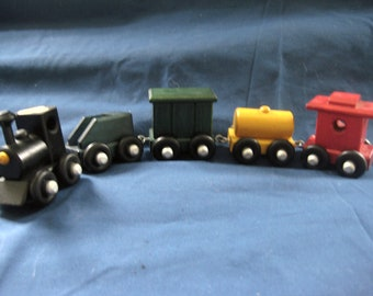 for en your to friends trainshelf thomas build how shelf articles us engineer and diy train little