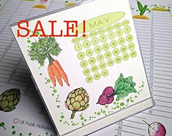 2018 Desk Calendar in CD Case/Stand, Verdura designs, US & UK Layouts Sale!
