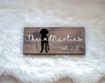 Last Name Wood Sign with Vizsla Silhouette, Wedding Signs, Last Name, Wedding Gift, Dog Wedding Gift, Anniversary Gift, Entryway