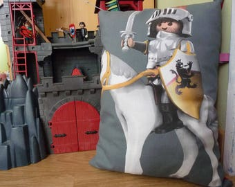 Cushion Knight Playmobil red and grey for boy - free colissimo delivery
