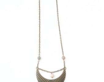 Half moon necklace, Crescent moon necklace, Half circle necklace, Statement moon necklace, Geometric necklace, Moon necklace, Moon jewellery