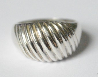 Vintage Sterling Silver Dome Style Band Size 8