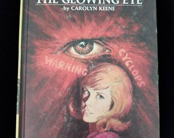 Vintage Nancy Drew The Mystery of the Glowing Eyes #51 Carolyn Keene 1974