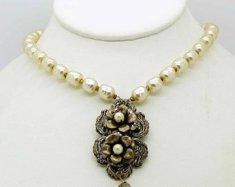 ON SALE Vintage Miriam Haskell Baroque Glass Pearl Filigree Flower Pendant Necklace