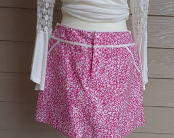 Vintage Lilly Pulitzer Pink and White Skort.