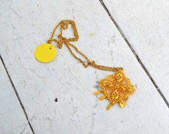 1960s Gold Dangles Pendant and Chain Necklace