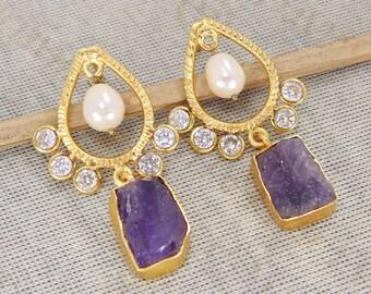Natural Amethyst Earrings, Pearl Earrings, Handmade Earrings, Gold Plated Earrings, Rough Stone Earrings, Dangle Earrings, Bridal Earrings