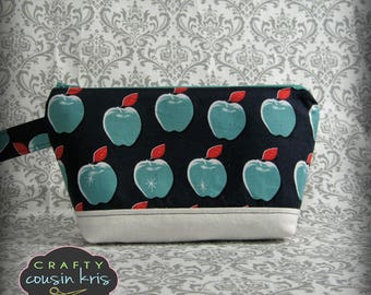 Grab and Go Casual Wristlet