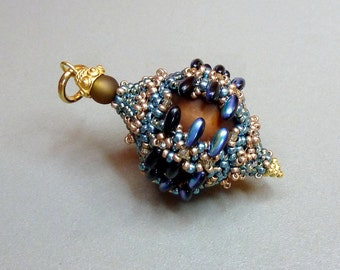 Pepino (beaded pendant)/ PDF file