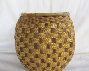 Vintage Woven Mid Century Basketry Planter Pot Display Bullet Head Feet Pot Belly Vintage Basket Display Bowl Planter Pot Indoor Garden