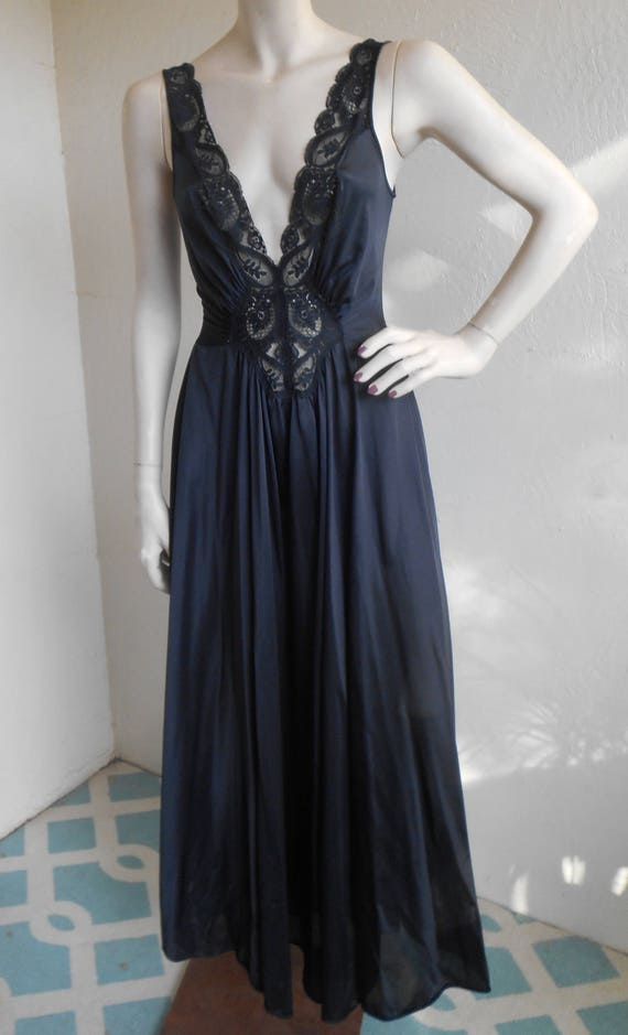 Vintage Olga Nightgown Black Stretch Bodice Large Sweep 92280