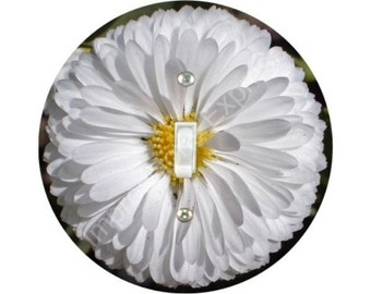 White Daisy Flower Single Toggle Switch Plate Cover