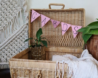Picnic Basket / Vintage Picnic / Wedding Decor / Bridal Shower Decor / Baby Shower Decor