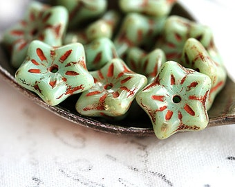 Picasso flower beads, Sage green, Czech glass, Rustic bell flower, glass beads, floral beads - 6x9mm - 15Pc - 2351