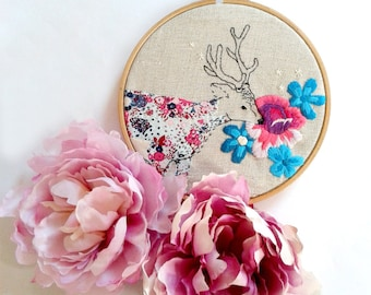 Floral Deer. Hand Embroidery Pattern Pdf. Stag and flowers design. Modern embroidery. Hoop Art. Embroidered Art. Needlecraft. Wall Art.