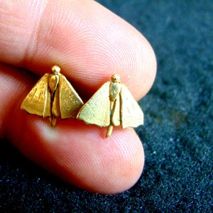 Beautiful 18k gold moth stud earrings-Yellow gold moth earrings-Bug stud earrings-Unusual gold jewelry-Minimal gold earrings-Artisan earring