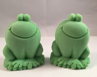 Frog Soap / Frogs Soap / Baby Shower Favor /  Party Favor / New Baby Favor / Happy Frog Soap / 3 oz  of Soap / Goat Milk Soap / Set of Two