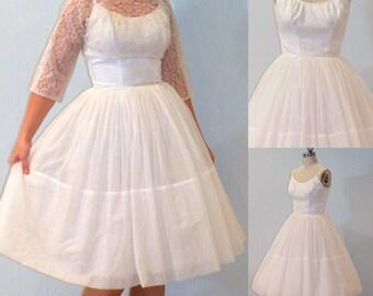 1950s Wedding Dress / Vintage 50s White Organza Formal Prom Party Dress & Floral Lace Bolero Set, Full Skirt, Bombshell Chic, XXS