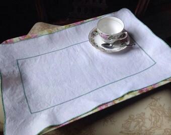 Vintage Tray Cloth, Tea Tray Cloth, Vintage Table Linens, VTR51