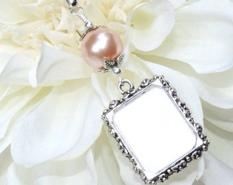 Wedding bouquet photo charm with peach pearl. Wedding memory charm. Memorial photo charm - 1 or 2 sided frame. Bridal shower gift.