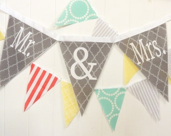 Mr & Mrs Fabric Banner, Bunting, 3 Extra Large Pennant Flags, Wedding Photo Shoot, Engagement Photo Prop, Wedding Garland, Mr and Mrs