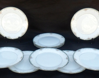Set 12 Noritake Greenbrier Pattern Porcelain Dinner Plates