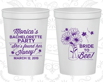 Floral Bachelorette Party Cups, Personalized Bachelorette Cup, She found her Honey, Bride to Bee, Bachelorette Cups (60152)