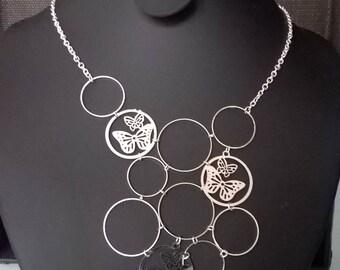Spiel der Schmetterling Form Halskette