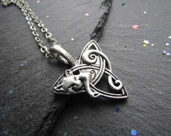 Celtic Fox Necklace, Fox Necklace, Fox Jewelry, Celtic Necklace, Triquetera, Gift for Him, Celtic Knot, Celtic