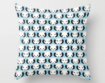 Star Wars Wampas Decorative Pillow with insert