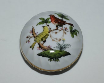Trinket Box, Herend Hungary Porcelain Trinket Box, 1940's Herend Bird Motif Bonbonnière, Hand Painted Birds and Butterflies, Vintage Box