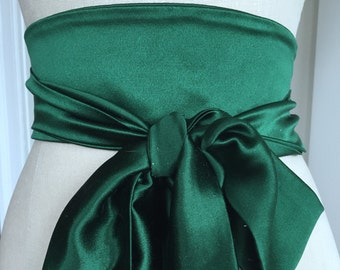 Emerald green wedding sash, silk wedding obi, bright green oni belt sash , heavy crepe silk sash, bridal sash, green sash