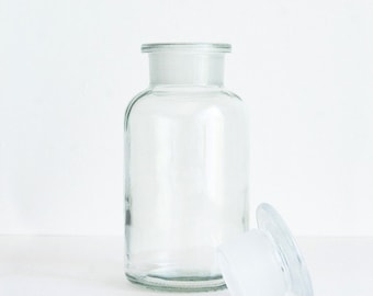 500 ml (16.9 fl oz) Clear Apothecary Jar, Round Czech Glass