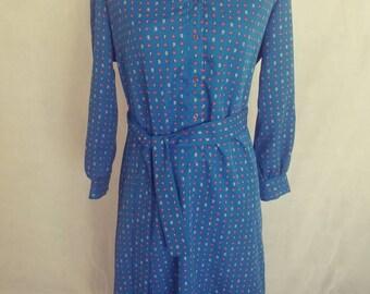 Beautiful 1980s Walden Petite blue paisley dress Size 14 petite