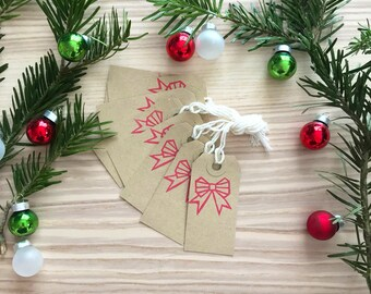 10 Christmas Gift Tags with red ribbon bow - Kraft Tags, White Tags, Christmas Gift Wrap, christmas favor tags, family gift tags, tags