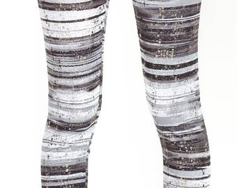 Shiny grey and white legging