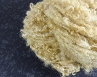 Handspun Bulky Art Yarn Lockspun 42 yards Wool Locks Fleece light dull gold tan