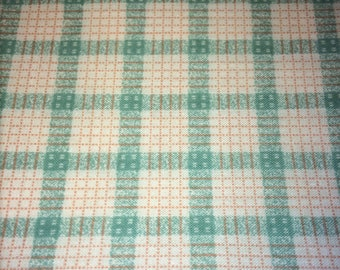 Fabric Sewing Material Grid Pattern Cross Hatch 40 x 20 inches