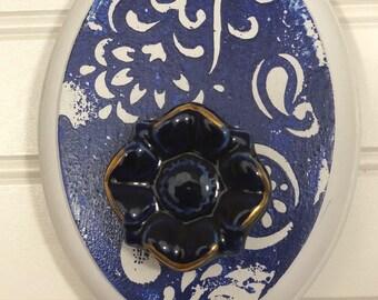 Porcelain flower hook